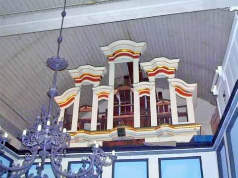 http://www.haarhausen.com/holzhausen/dreifaltigkeitskirche_3261.jpg